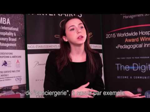 Sofia di Stefano, réceptionniste à l'hôtel Pullman Montparnasse