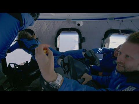 'Oh wow': Shatner and Blue Origin crew enjoy zero gravity in capsule | AFP