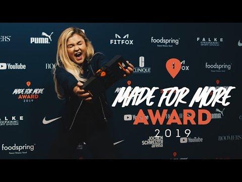 Motivator Award für Sophia Thiel I Made For More Award 2019 I SportScheck