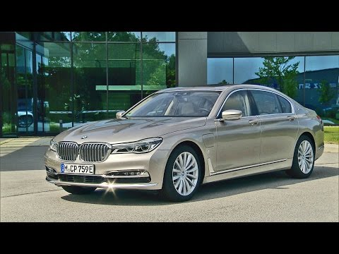 2017 BMW 7 Series iPerformance | BMW 740Le xDrive - Footage