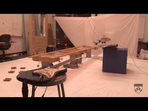 Robot Quadrotor'dan James Bond Performansı