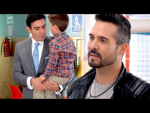 Ernesto está celoso de Pedro y teme que Nicolás sepa la verdad de su origen