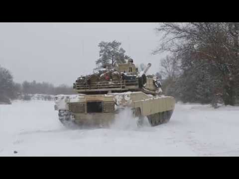 DFN: MARFORRES tankers take on ice, snow at Winter Break 18, CAMP GRAYLING, MI, USA, 02.12.2018