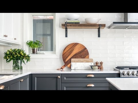A Two-Toned Kitchen Makeover