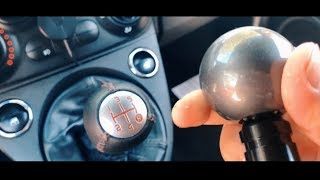 Smontaggio pomello del cambio Fiat 500 Abarth