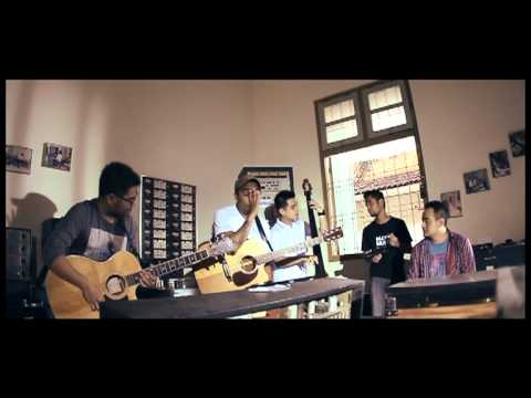 45 (Feat. The Bakuucakar) [Acoustic Live Version]