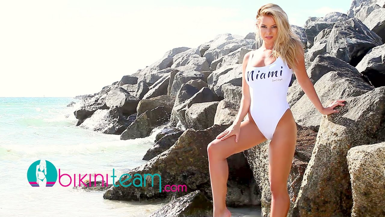 Savannah Lynx   BikiniTeam.com Model of the Month – August 2016 [HD]
