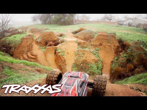 Aerial R/C Assault Part 2 - Traxxas E-Revo Dirt Jumping Session - UC4Q7GgIQ4kFXnZ3XIBFgUig