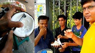 Roadside Yummy street food Coconut whit Chira Makha Recipe @ Tk 20 Street Hawker Selling Tasty food