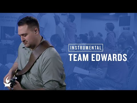 (Instrumental) Team Sarah Edwards -- The Prayer Room Live Moment