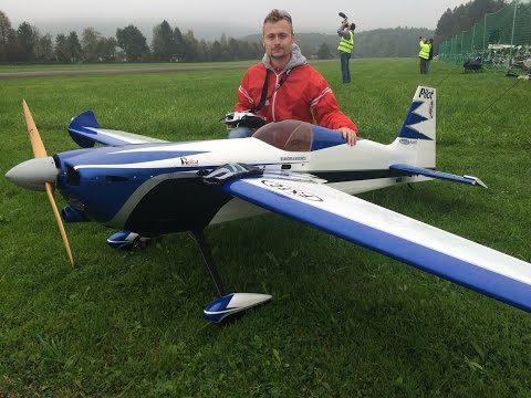 Huge Rc Edge 540 with 2.80m Wingsp. and a 120cc Engine at Hausen am Albis Flugtag 2014 - UCXkBXKQwcMe9LOZfAqmFcSA