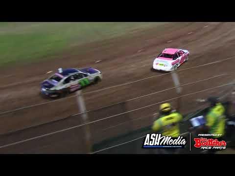 Street Stocks: 2016/17 National Title - Heat 28 - Kingaroy Speedway - 01.01.2017 - dirt track racing video image
