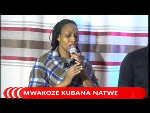 LIVE // FOURSQUARE TV '' KWIZERA IMANA MUBIHE BIKOMEYE '' SUNDAY SERVICE ONLINE