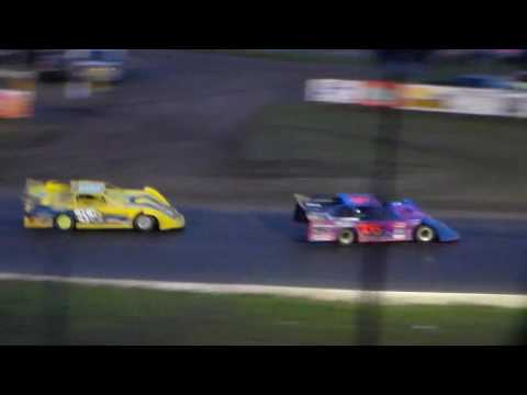 Late Model Amain - dirt track racing video image