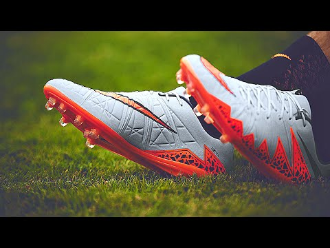 e9ad185239d6 Nike Hypervenom Phantom 2 Green Glow (Metal Flash Pack) - Review + ...