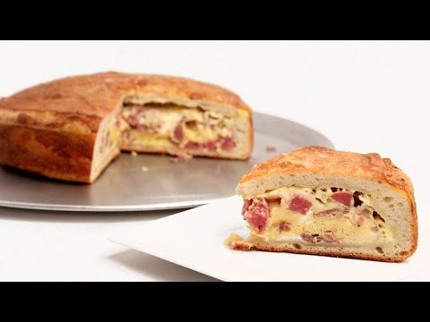 Mamma's Pizza Rustica Recipe - Laura Vitale - Laura in the Kitchen Episode 891 - UCNbngWUqL2eqRw12yAwcICg