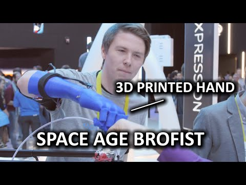 3D Printing & Scanning feat. HP Sprout at Intel Booth - CES 2015 - UCXuqSBlHAE6Xw-yeJA0Tunw