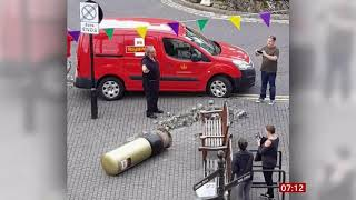 Andy Murray's golden postbox knocked over (Scotland/(UK)) - BBC News - 23rd July 2019