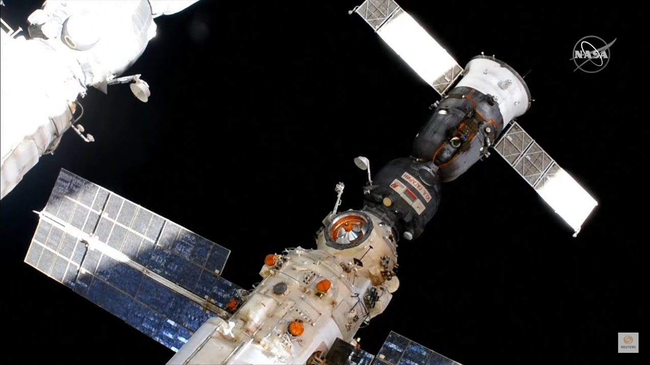 LIVE: Farewells, hatch closing for Soyuz MS-18 crew on ISS