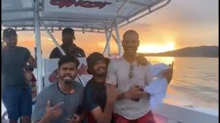 West Indies में Team India की फुल मस्ती,  समुद्र के बीच पूरी टीम देखो क्या कर रही है