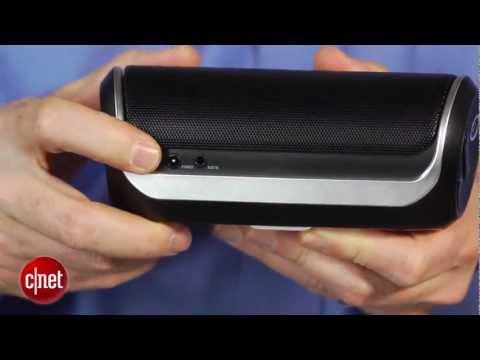 JBL's $99 Flip speaker stands tall - default