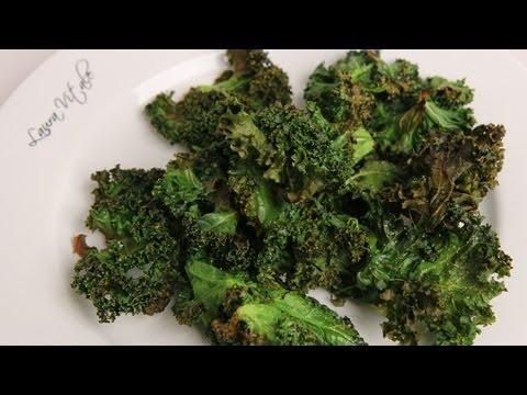 Homemade Kale Chips Recipe - Laura Vitale - Laura in the Kitchen Episode 343 - UCNbngWUqL2eqRw12yAwcICg