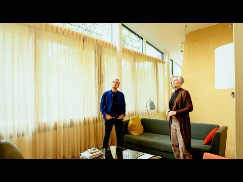 Sarah Wigglesworth and Piers Taylor discuss straw bale house in Jim Stephenson's latest film
