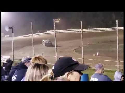 Hummingbird Speedway (9-4-21): Close Racing Supply Economod Feature - dirt track racing video image
