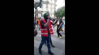 Grande manifestation En direct de la place de la république, Paris