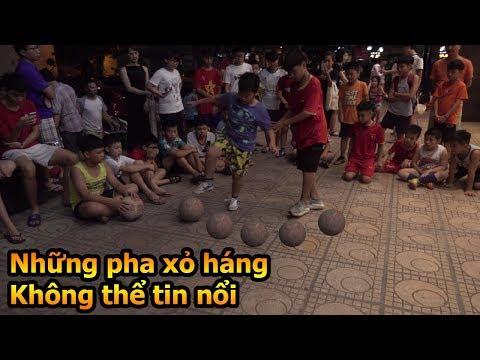 Thử Thách Bóng Đá Đỗ Kim Phúc và Duy Trung hóa Ronaldo xâu kim cả dàn cầu thủ nhí Việt Nam - UCxE_qxE-rBRn2mePLwJulIw