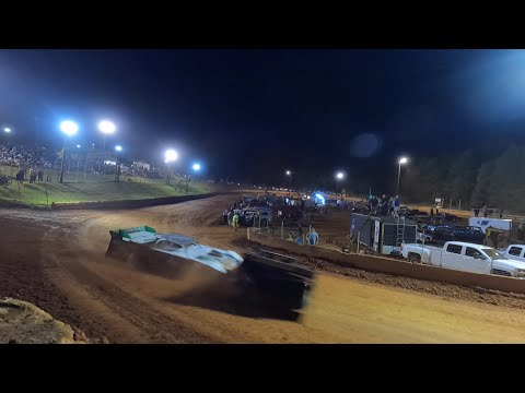 Limited at Winder Barrow Speedway May 15th 2021 - dirt track racing video image