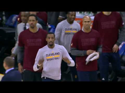 Kyrie Irving Dishes to Tristan Thompson for the Running Jam | 12.29.16