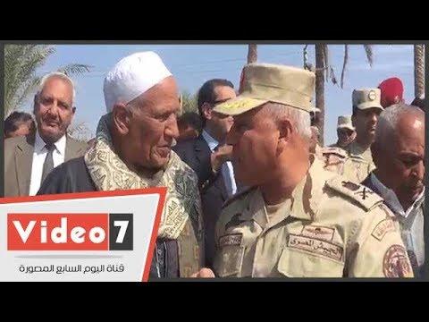 """كامل الوزير خلال لقائه أهالى البدارى: """"الصعيد أصل مصر.. واحنا جايين لخدمتكم"""