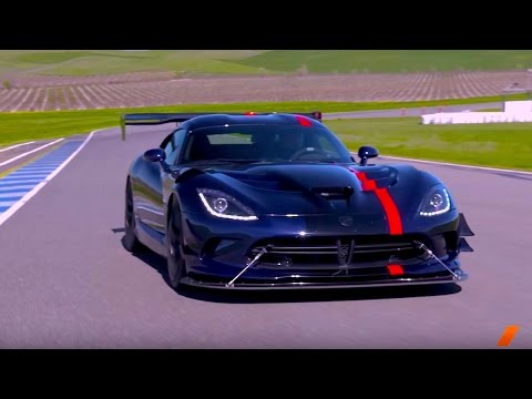 The 645-hp Dodge Viper ACR -- TEST/DRIVE