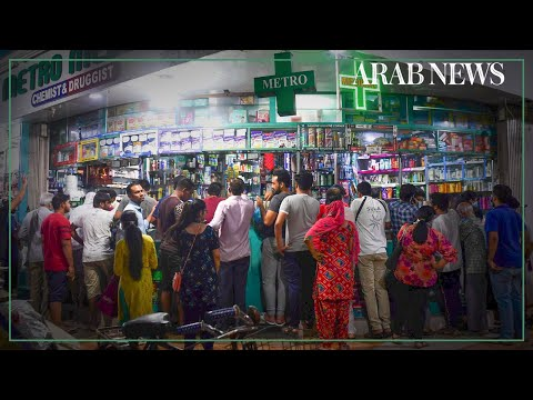 Panic-buying as India goes under total lockdown