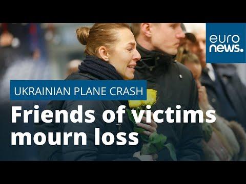 Friends of plane crash victims mourn loss photo