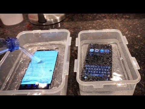 Samsung Galaxy S9 Plus vs iPhone X - Sparkling Water FREEZE Test! What's Gonna Happen?! - UCgRLAmjU1y-Z2gzOEijkLMA
