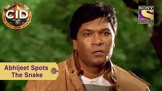 Watch Your Favorite Character Abhijeet Spots The Snake CID