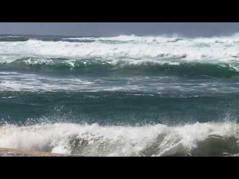 Northshore Oahu: Watch the Pacific Ocean for just 2 minutes