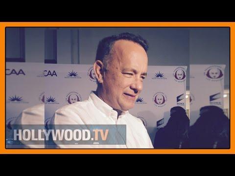Tom Hanks hosts Simply Shakespeare - Hollywood TV