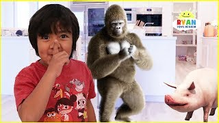 Ryan Pretend Play finding Zoo Animals Hide and Seek Adventure!!!