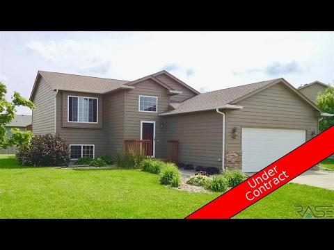 Residential for sale - 902 Greyhawk Ct, Harrisburg, SD 57032