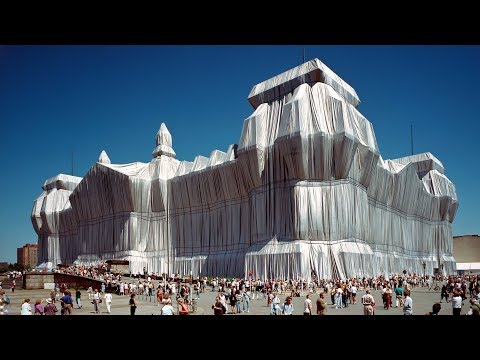 """""""Every interpretation is legitimate, even the most critical"""" says Christo of his artworks"""