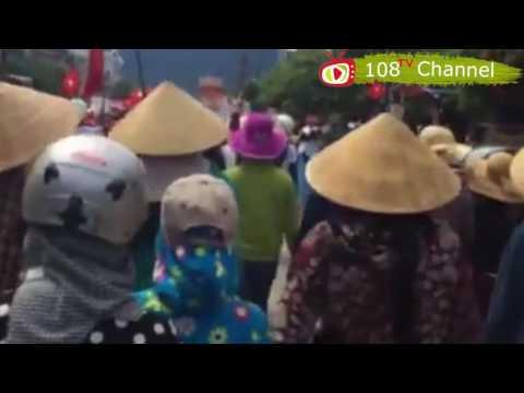 Hàng ngàn người dân Kỳ Anh biểu tình phản đối Formosa