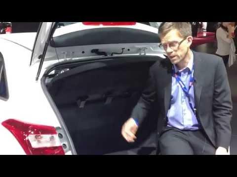 Paris Motor Show 2014 Flippar och floppar Flopp Nr 1 Gasbilar