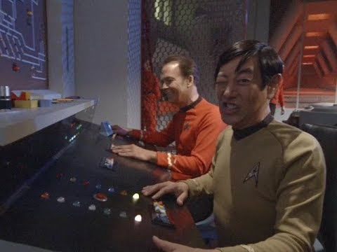 """""""To Boldly Go: Part I"""" behind-the-scenes bloopers - UCeWinLl2vXvt09gZdBM6TfA"""