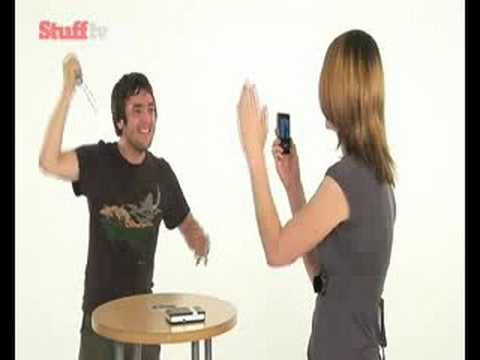 Polaroid PoGo portable printer video review - from Stuff.tv - UCQBX4JrB_BAlNjiEwo1hZ9Q