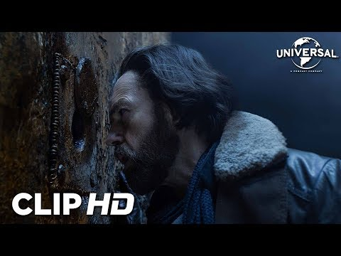 MORTAL ENGINES - Clip 2
