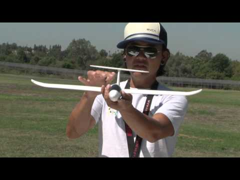 Learn To Fly an RC Airplane with Pete!  In HD! - UCUrw_KqIT1ZYAeRXFQLDDyQ
