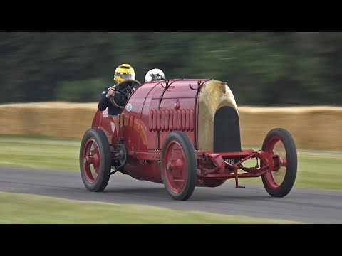 """28.4 Litre 4-Cylinder Fiat S76 """"The Beast of Turin"""" Shooting Flames & Exhaust Sounds!"""